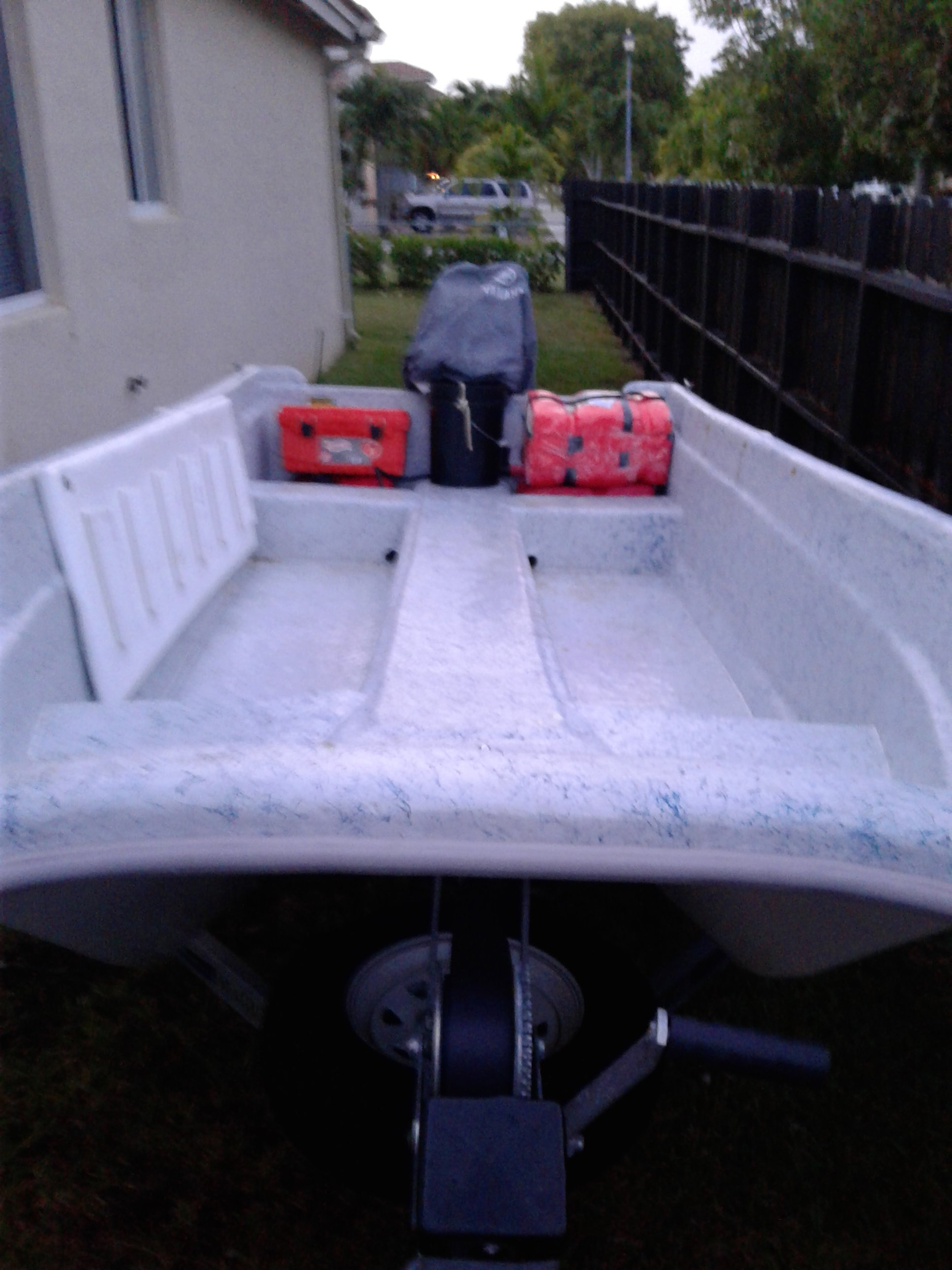 My new to me 14 ft Livingston with 20 Tohatsu | Microskiff
