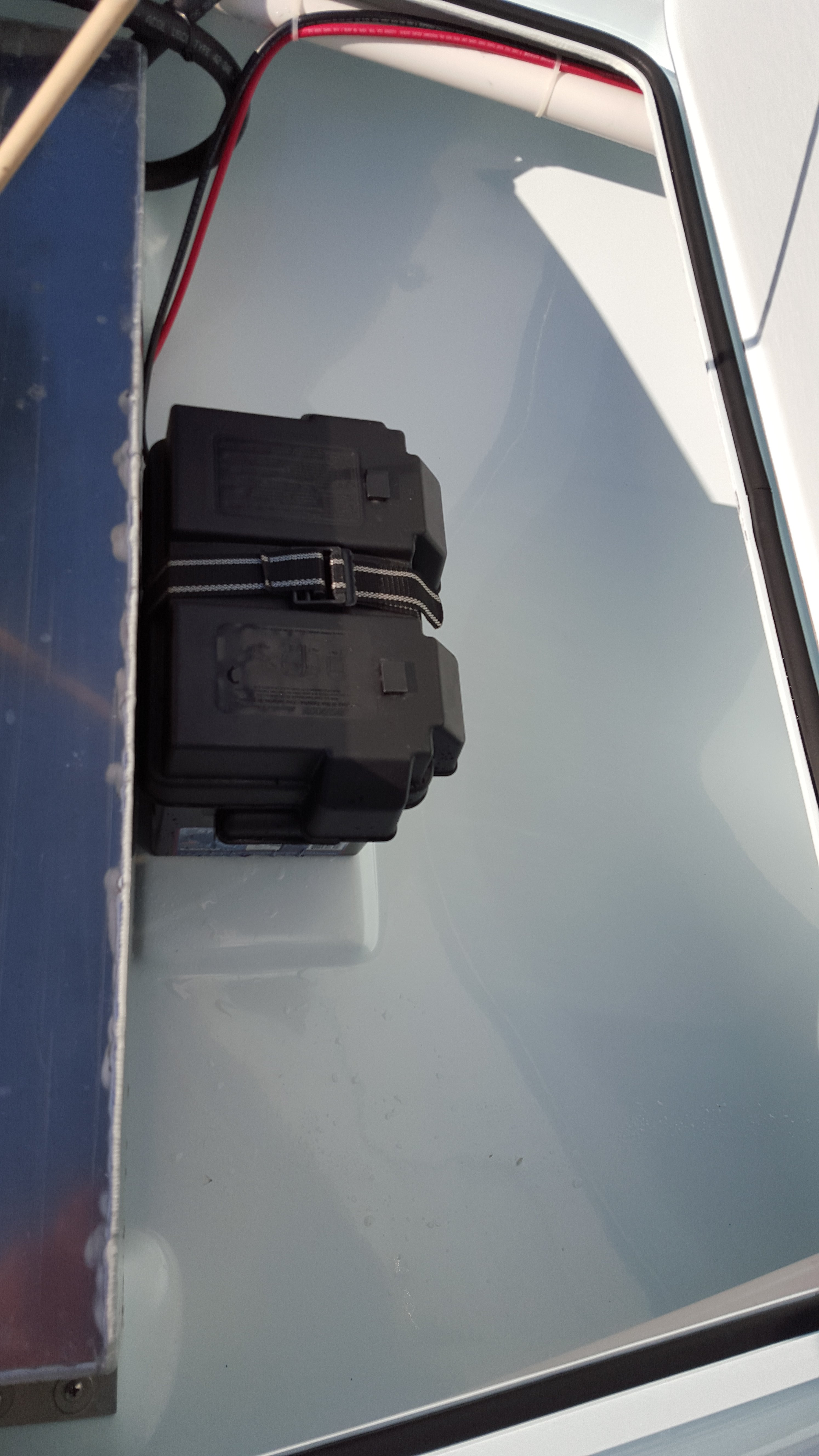 front hatch pic .jpg